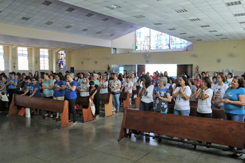 Comemoração do Primeiro Aniversário do Grupo de Mães que Oram pelos Filhos da Paróquia Nossa Senhora do Divino Amor