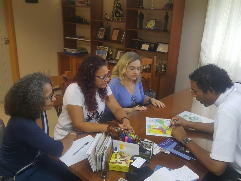 APRESENTAÇÃO DO MOVIMENTO A DOM TEODORO (BISPO DA DIOCESE DE PONTAS DE PEDRAS/PA)