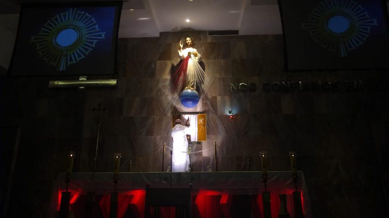 SANTUÁRIO DIVINA MISERICÓRDIA – VILA VALQUEIRE/RJ