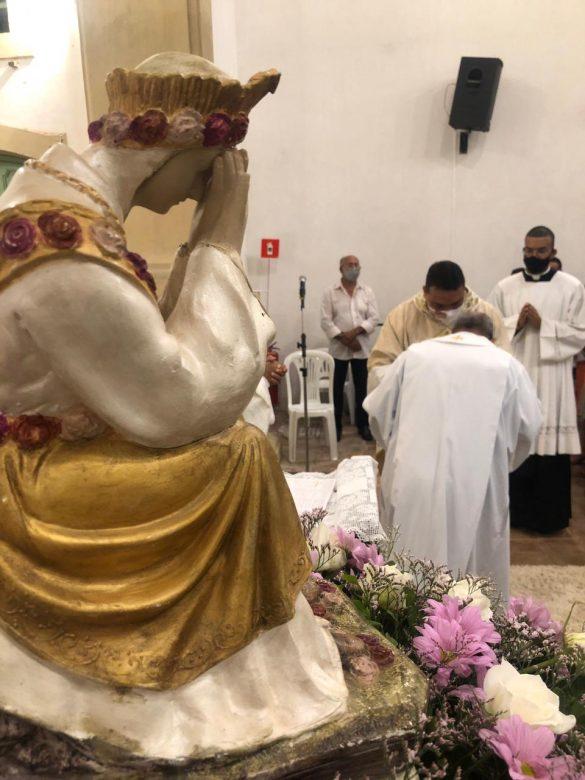MÃES QUE ORAM DE ALAGOAS PARTICIPAM DA ORDENAÇÃO PRESBITERAL DE PADRE CARLOS JOSÉ, PRIMEIRO MISSIONÁRIO SALETINO DO ESTADO